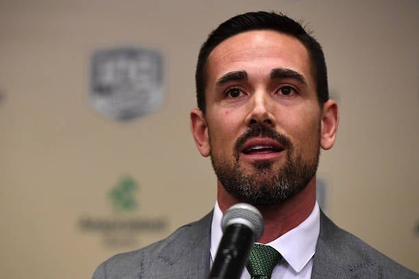 Packers New Head Coach Matt Lafleur Tore His Achilles Playing Basketball Per Realmikesilver He Will Coach From A Cart F Instagram Instagram Posts Character