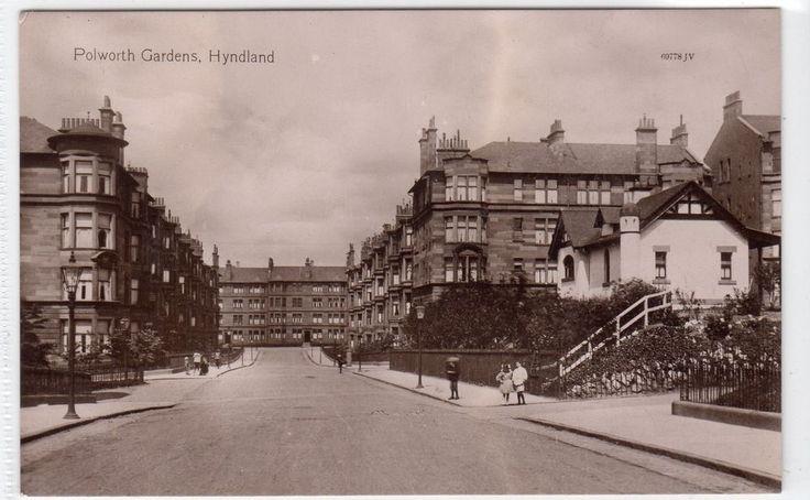 POLWORTH GARDENS, HYNDLAND: Glasgow postcard (C10779)