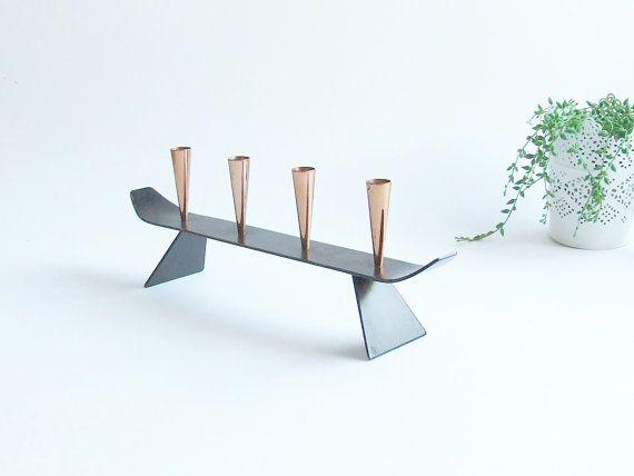 Gunner Ander Modern Candle Holder // Ystad Metall by tiendanordica