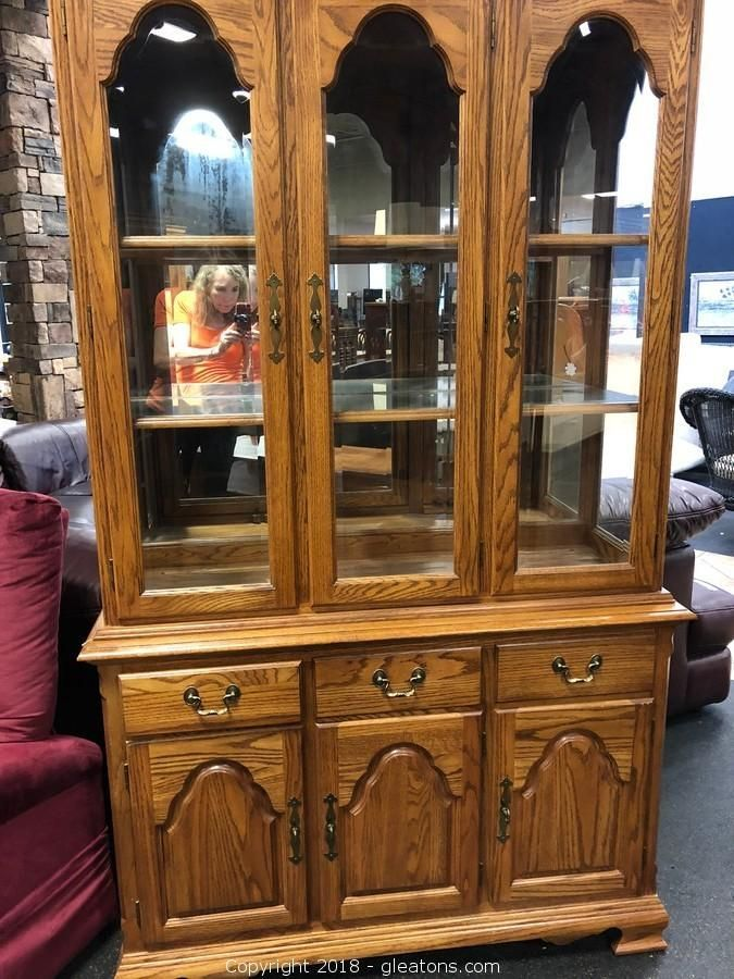 New Arrival Display Cabinet Hut Buffet Cochrane Furniture Starting Bid Only 5 Furniture Estatesale Furniture Cochrane Furniture Display Cabinet Cochrane