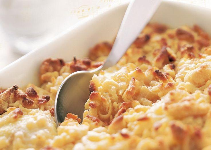 Æblekage med marcipan - nem opskrift på lækker æblekage - se her