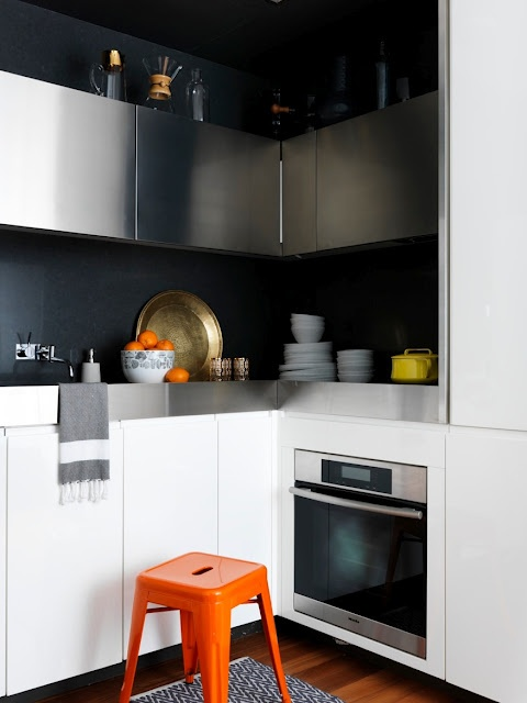 Interior Project/ Kimberly Steward/ Kess Agency kitchen by Marcus Hay featuring Zig Zag Mat + Hand Towel from West ElmHome Tours, Kitchens Design, Marcus Hay, Black White, Black Kitchens, Interiors Projects, White Kitchens, Kitchens Stools, Apartments Kitchens