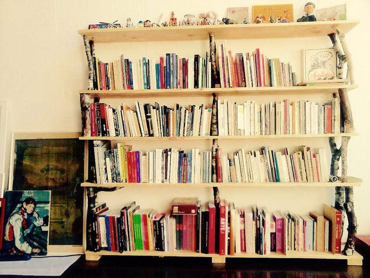 "Librero "" Ana ""  Pino Insigne  Roble Guaye."