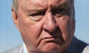 Alan Jones broke broadcast rules with climate change attack – watchdog Broadcaster and his station, 2GB, ruled to have breached rules in 2013 with comments made about a leaked IPCC report and subsequent inadequate apology