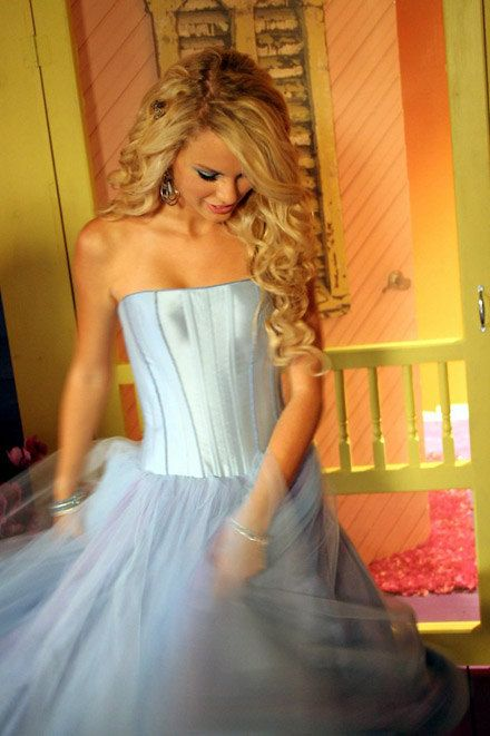 OH MY GOSH YALL I FOUND THE BLUE SATIN AND TULLE DRESS THAT TSWIFT WEARS IN THE OUR SONG VIDEO. YEAH.