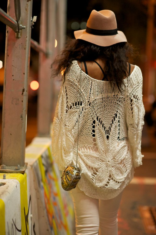 Knit oversized sweater - The Fashion Blogger from London living in New York