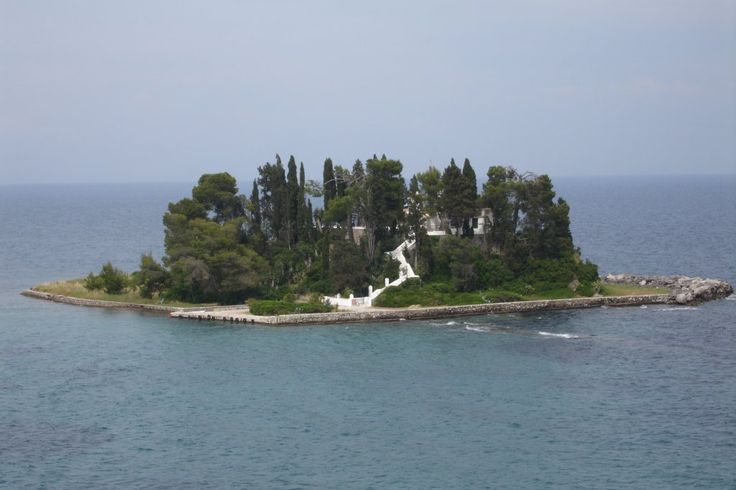 Pontikonisi Island - situated just south of Corfu town near the resort of Perama and Kanoni, it is a small island which houses the Byzantine church of Pantokrator, which was built in the 11th or 12th century.
