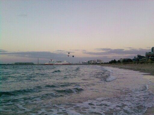 South Melbourne beach 5am brrr