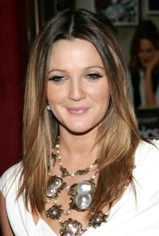 Round Faces Hairstyles Ideas 2013 Long and Short Style For Women