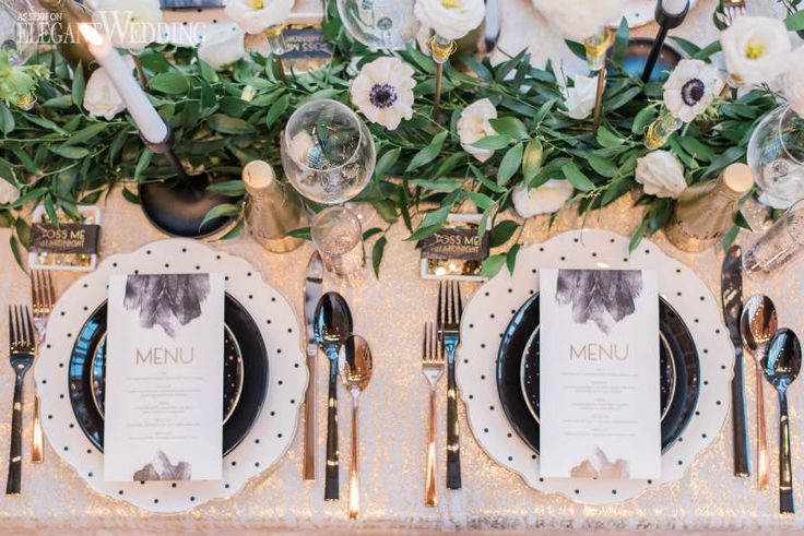 Glam New Year's Eve Wedding Table Setting, Greenery Floral Runner, Black and Gold Wedding Table Setting | ElegantWedding.ca