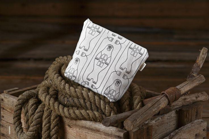 Norppa (Ringed Seal) pouch. Design by Riikka Kaartilanmäki 2016.