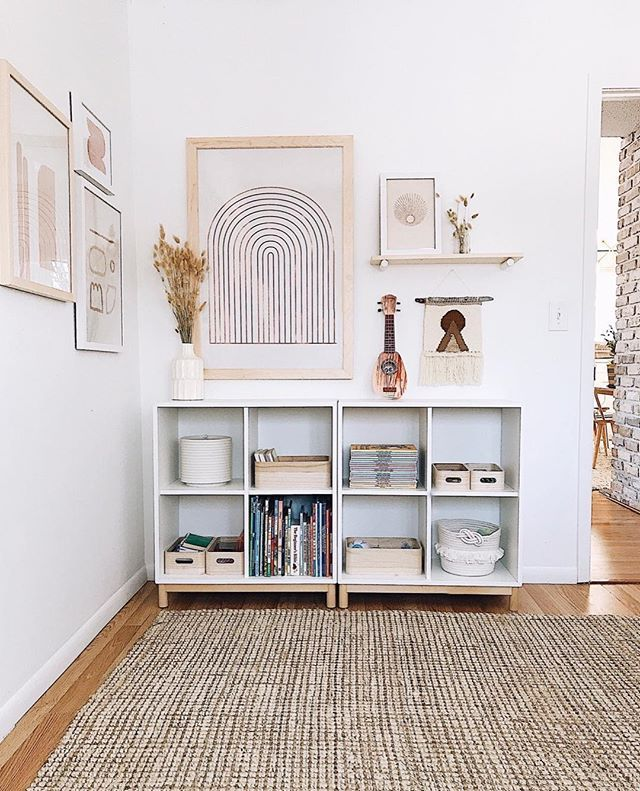 This Is How To Fill A Blank Wall With Style Hunker Wall Decor Bedroom Wall Decor Arrangements Budget Home Decorating