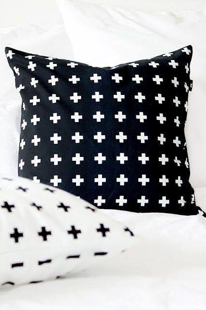 Poduszki w plusiki - skandynawski styl.  Pillows with small crosses - scandinavian style