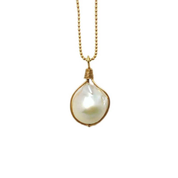 #Baroque #Pearl #Pendant #WireWrapped onto #Gold Ball #Chain in a wire frame. Another original handmade design with simple parts from #Gempacked. #BellaFindings #freshwaterpearl #handmadejewelry #wirewrapping #wirejewelry #diyjewelry #jewelrymaking