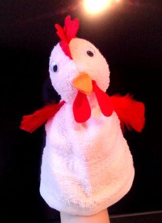 selinakleuteronderwijsblog: Kaatje: Een wit washandje, Rood vilt, Oranje Vilt, bewegende oogjes, Rode veren, Naaigerei