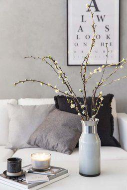 Vasen passer fint til ulike greiner som f.eks kirsebærgreiner.