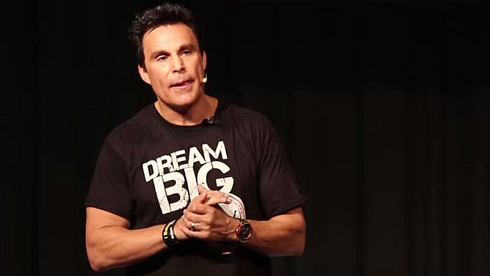 Pro Athlete Marc Mero, Brought An Entire School To Tears When He Shared This Awesome Message!