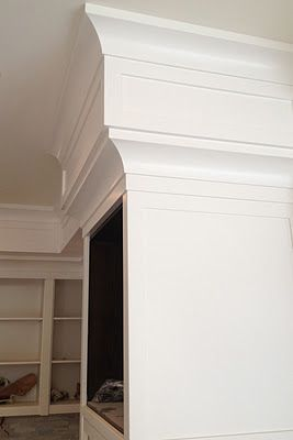 Kitchen cabinet soffit double crown and flat square moulding