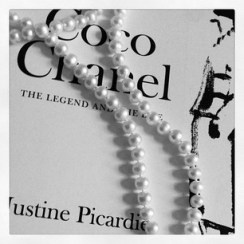 Coco Chanel ... pearls.