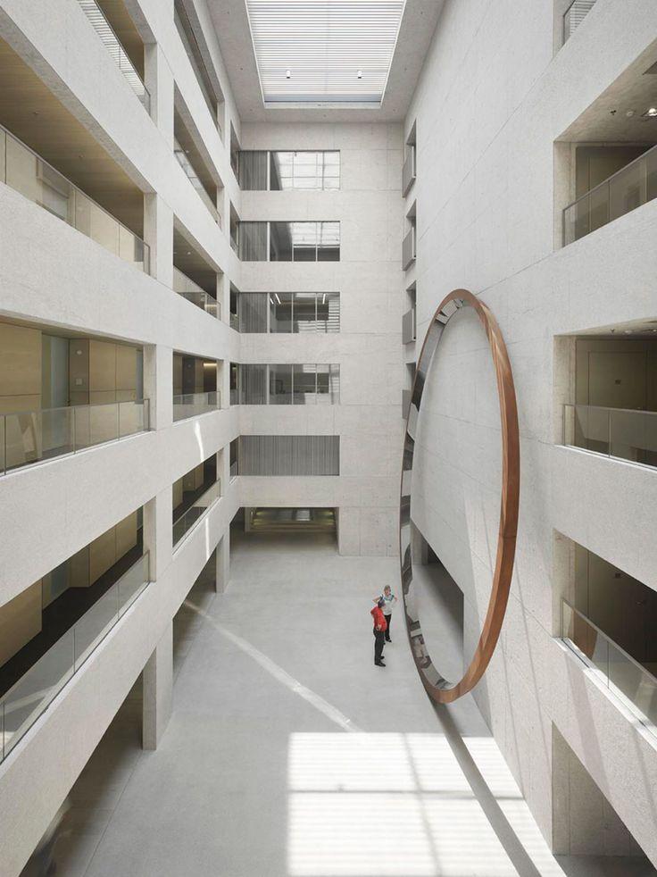Staab Architekten, Roland Halbe - www.rolandhalbe.de · New Ministry Building · Divisare