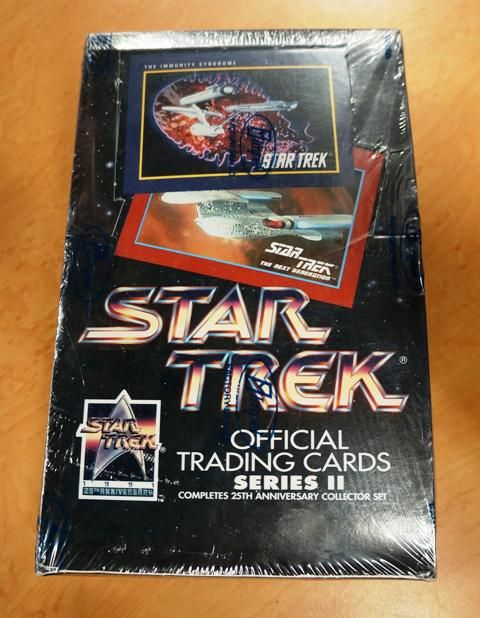***UNOPENED***Star Trek Official Trading Cards Series II