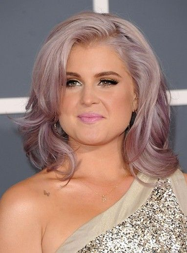 Kelly Osbourne's lavender hair at the 2012 Grammys was amazing!