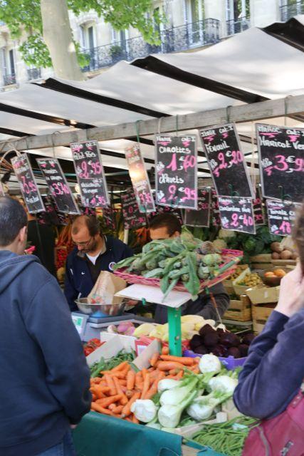 bastille market paris saturday