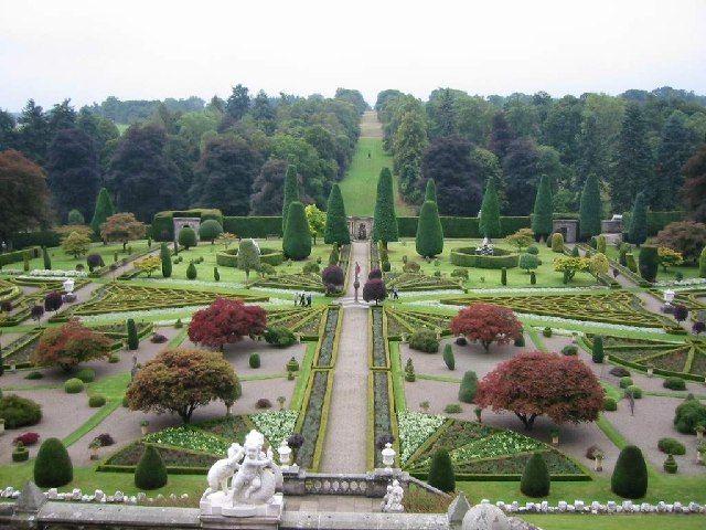 Drummond Castle Gardens near Crieff by Roy Douglas, via Geograph