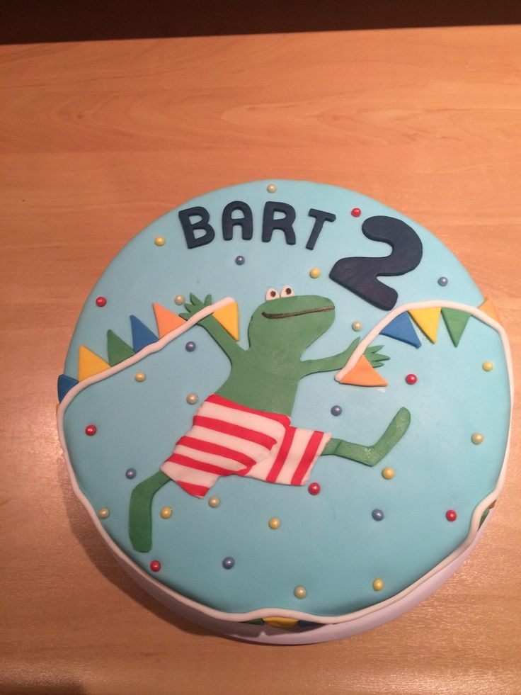 Bart loves the green frog, this one is coming from Holland. Bart is gek op groene kikker verhaaltjes uit Holland
