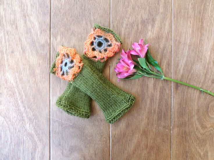 Olive Green Gloves, Fingerless Gloves, Wrist Warmers, Hand-knitted gloves, Women's accessory, Crochet, Birthday Gift, For Her, Under 40 by amezarcreations on Etsy