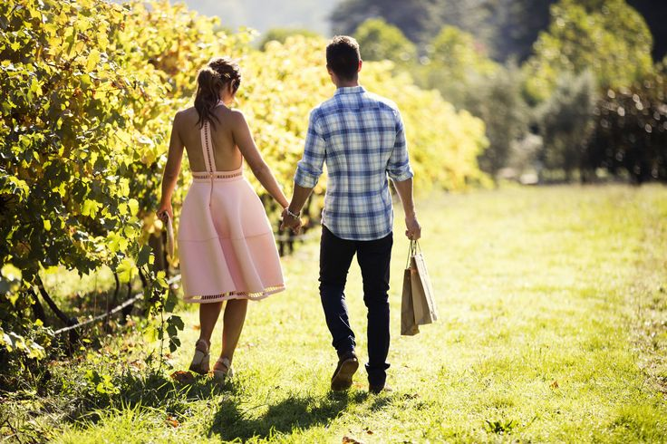 Thursday, July 6: Elly and Mark hold hands in the vineyard  - DigitalSpy.com