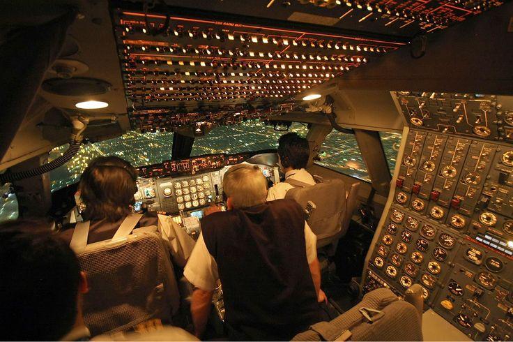 Iran Air Boeing 747 200 Cockpit