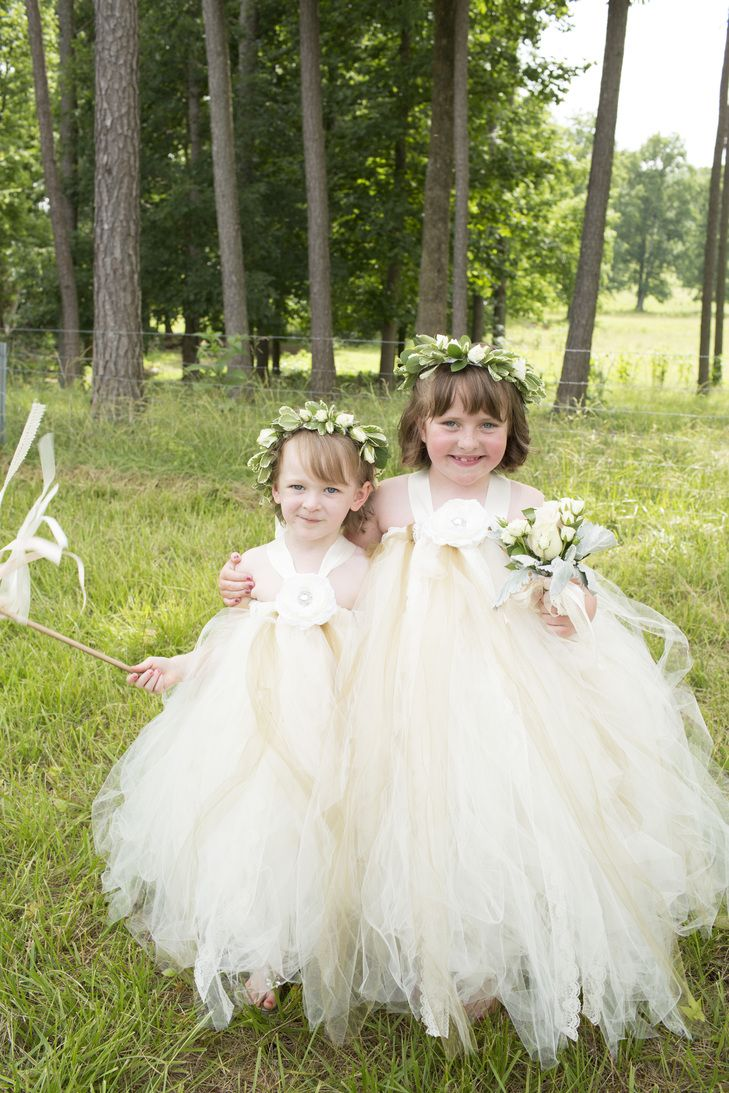 Halter, Neutral Tulle Flower Girl Dresses | Mandy Owens Photography https://www.theknot.com/marketplace/mandy-owens-photography-albertville-al-498979