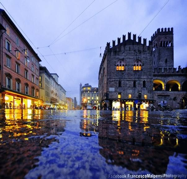 Bologna, Via Rizzoli, foto di Francesco Malpensi Photography https://www.facebook.com/FrancescoMalpensiPhotography