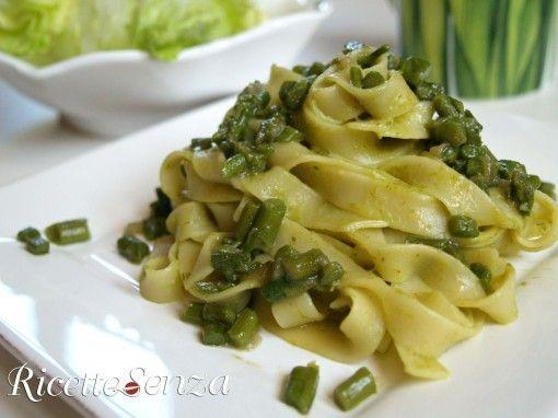 Tagliatelle agli asparagi senza uova e latticini