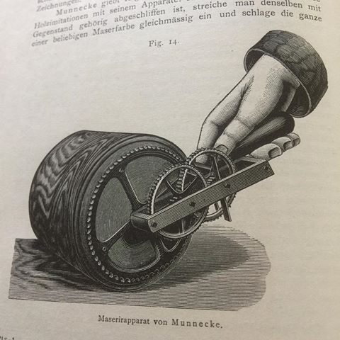 Mechanical graining wheel, from Holz-und Marmor- Malerei by Louis Edgar Andes 1901 #graining #marbling #faux #holzundmarmormalerei #fauxbois