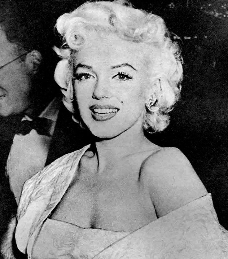 east of eden movie photos of Marilyn    @blackswanballet