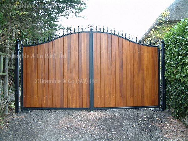 The 25 best electric gate motors ideas on pinterest for Wooden sliding driveway gates