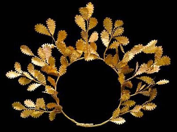 Το χρυσό στεφάνι που προβάλλεται ως αρχαίο μακεδονικό έχει τιμή εκκίνησης…