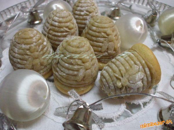 Dnes som chcela ešte urobiť kokosové úliky podľa Márie (teleflex), ale zistila som, že nemám toľko k...