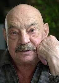 JOSE HIERRO.  Me lo decía mi abuelito, me lo decía papá, me lo dijeron muchas veces y lo olvidaba muchas más.