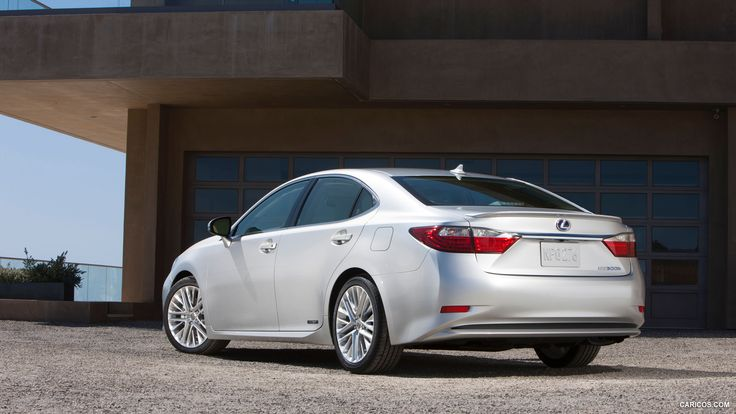 2013 Lexus ES 300h Hybrid  - Rear HD