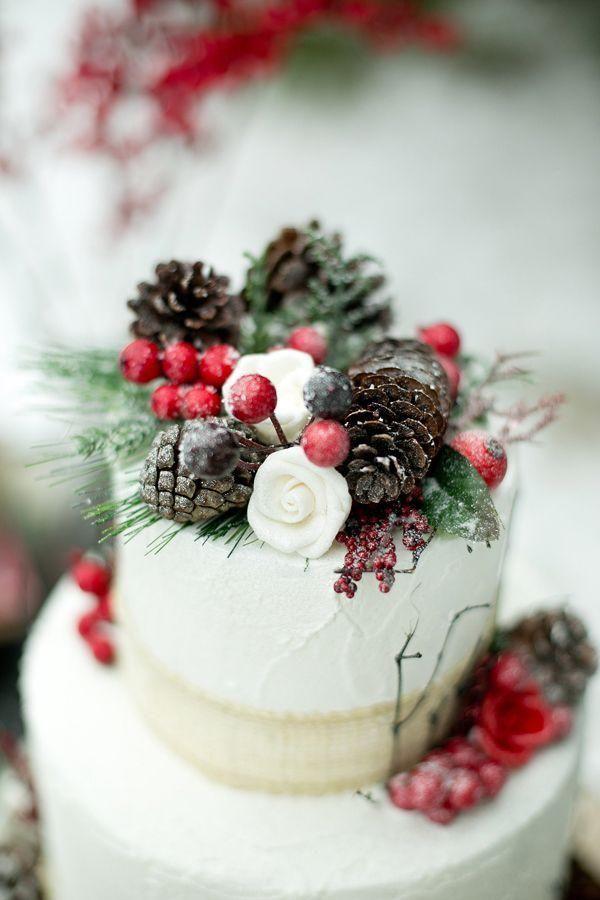 The Lindseys: Christmas Wedding Ideas: |Christmas Wedding Cakes