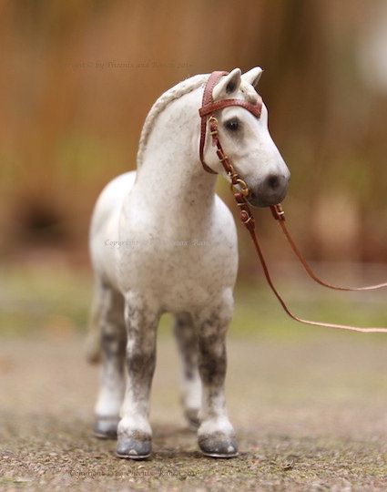 Breyer Stablemate Drafter / Gray Percheron