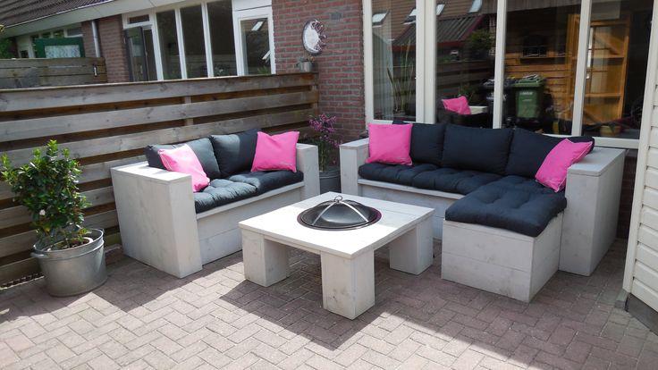 Lounge set    tafel met vuurkorf  jgsteigerhout@gmail com   steigerhout   Pinterest   Lounges and Met