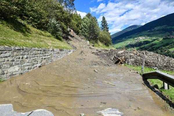 Tirol: Wetterabhängige Sanierungsmaßnahmen nach Murenabgang angelaufen