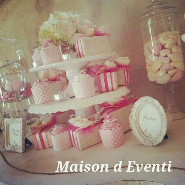 White and pink wedding