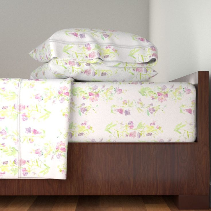 Langshan Sheet Set featuring Sweet_Peas__basic_repeat by wildflowerfabrics | Roostery Home Decor