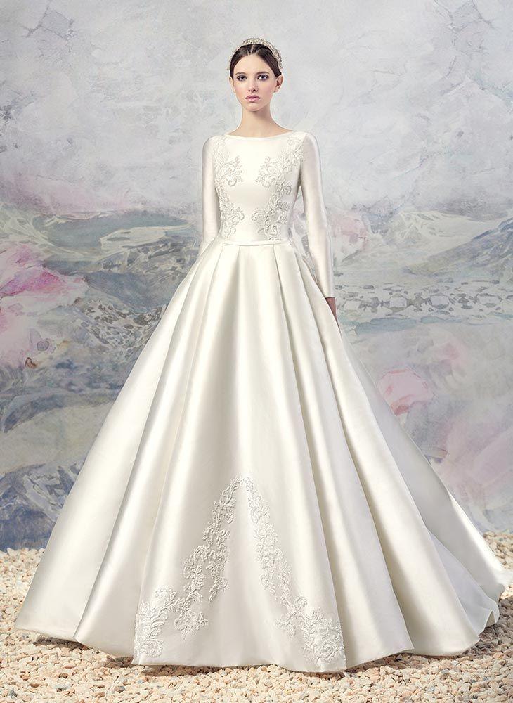 Swan Princess Wedding Dresses - Papilio Boutique