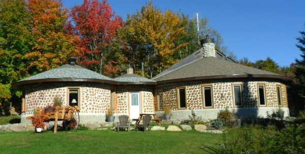 cordwood house | ... Montreal, Quebec, Canada is offering an experience in cordwood living